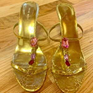 Nine West jeweled heel sandal — size 8.5